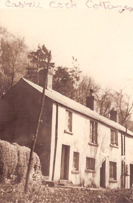 Castell Coch Cottages