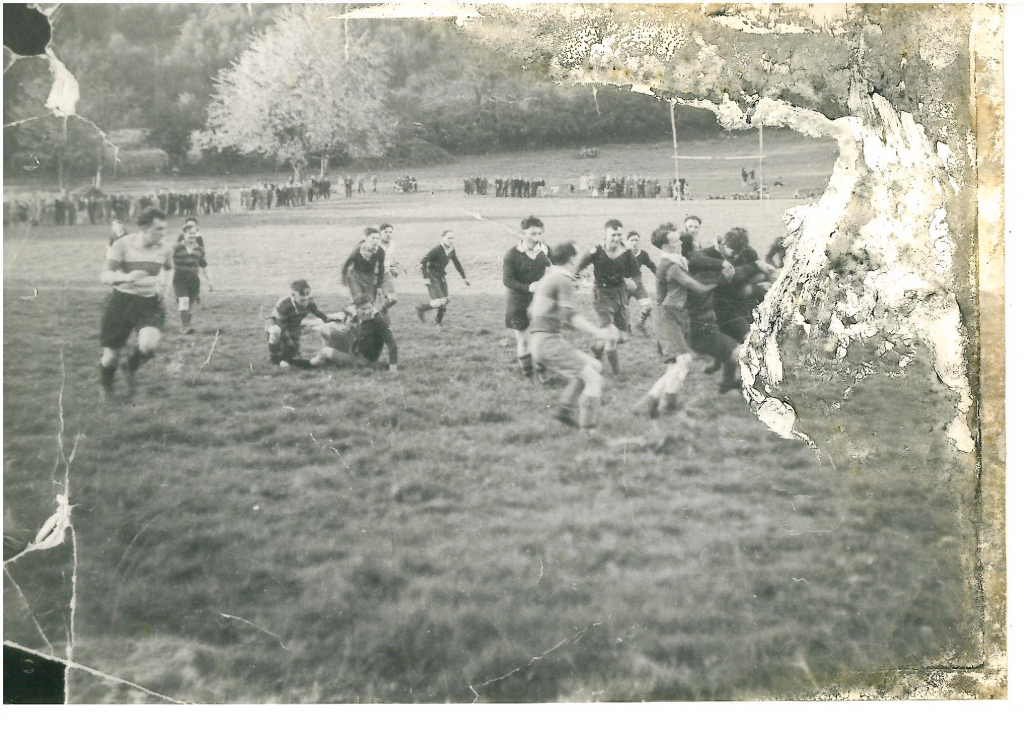 Rugby match from the '20s