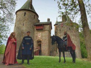King Arthur, Lancelot and Guinevere outside Castell Coch