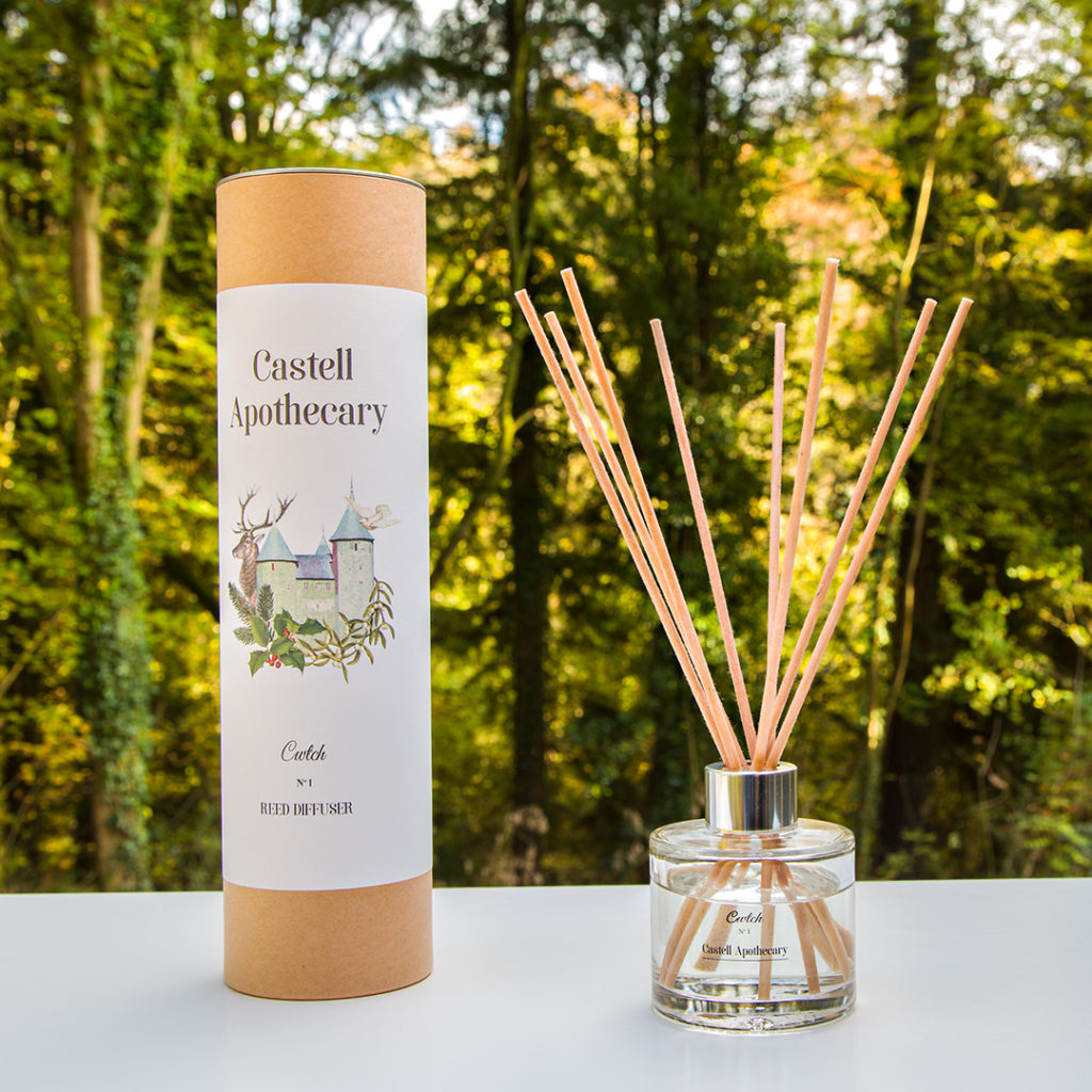 Castell Apothecary reed diffuser
