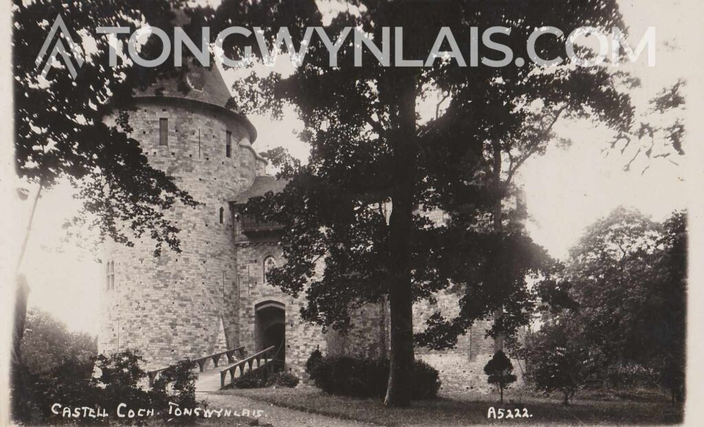 Old black and white postcard featuring photo of Castell Coch